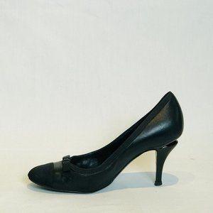 Chanel Black Leather Grosgrain Cap Toe Pumps 38